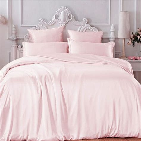 Light Pink Duvet by 1000 Ideas About Light Pink Bedrooms On