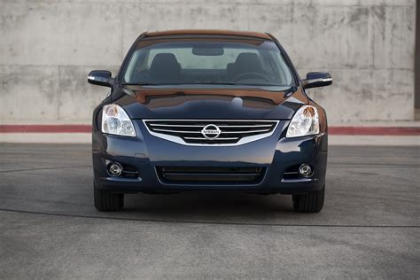 Nissan Altima Top Speed by 2010 Nissan Altima Review Top Speed