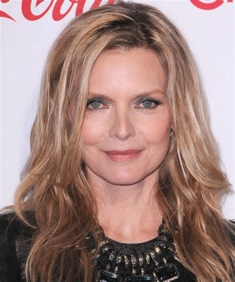 what did rhe pull back hairdos on michelle obama michelle pfeiffer hairstyles in 2018