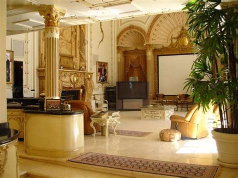 shahrukh khan home interior mannat the most expensive bungalow in mumbai owned by