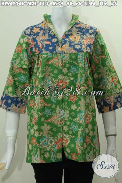 desain baju batik hijau aneka pakaian batik wanita terbaru model kerah langsung