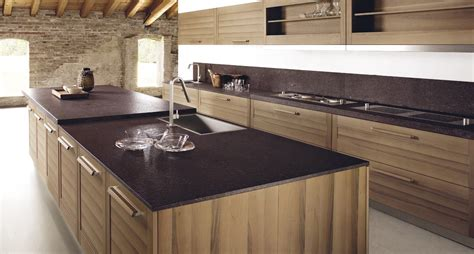 Kitchen Granite Island by Cuisine En Placage De Bois Avec 238 Lot Fiamma By Gd Arredamenti Design Centro Stile Ged