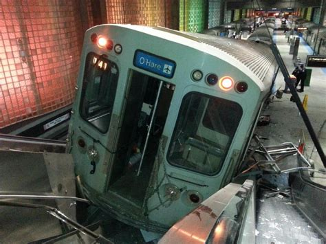 liveleakcom cta train derailment at chicago ohare blame game between cta union continues in wake of o hare
