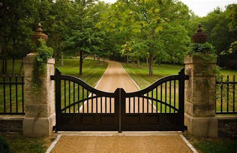 decorative fence definition best 25 driveway fence ideas on pinterest bbq area