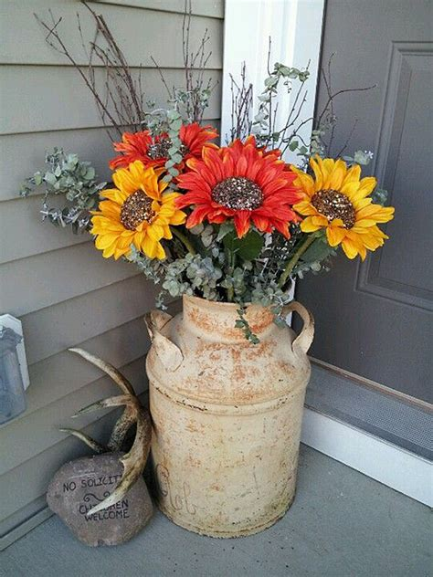 christmas milk can ideas pinterest 32 best porch decor ideas and designs for 2018