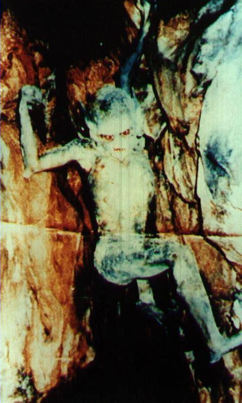 film hantu paling seram versi indonesia hantu paling menyeramkan dan terkenal di indonesia