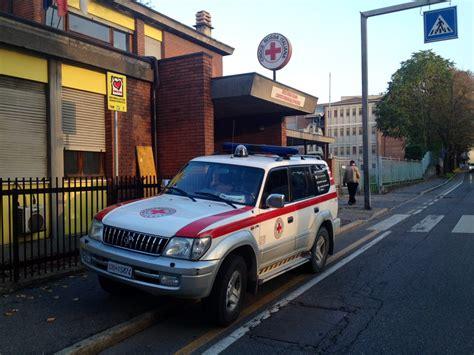sede croce rossa la croce rossa 232 stretta e pensa al trasloco nella ex