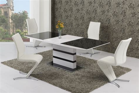 Extendable Glass Dining Table And Chairs Small Extendable Black Glass High Gloss Dining Table And 4 Chairs