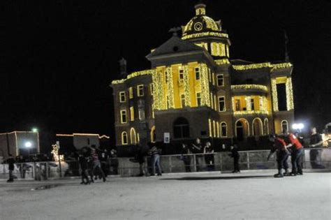 marshall tx christmas lights display marshall prepares to turn on millions of lights ledinside