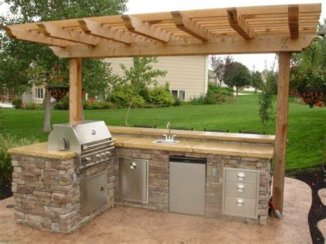small outdoor kitchen small outdoor kitchen back front yard pinterest