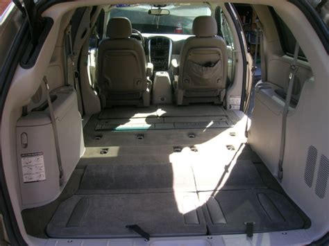 stow and go seating vehicles 2005 town country touring signature series stow go