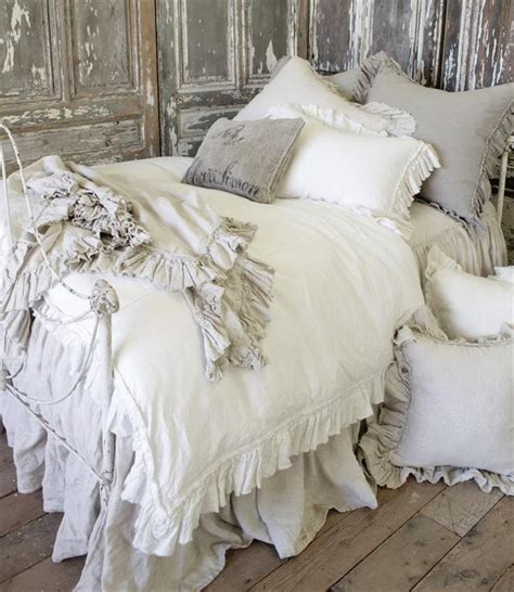 cottage bedding 17 best ideas about vintage bedding on pinterest vintage