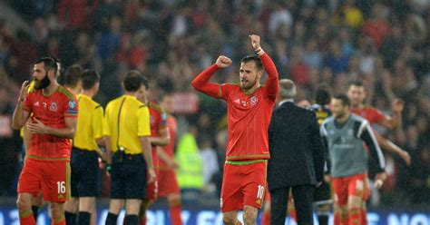 wales and arsenal fc star aaron ramsey explains exactly arsenal fc star aaron ramsey i want to be captain of