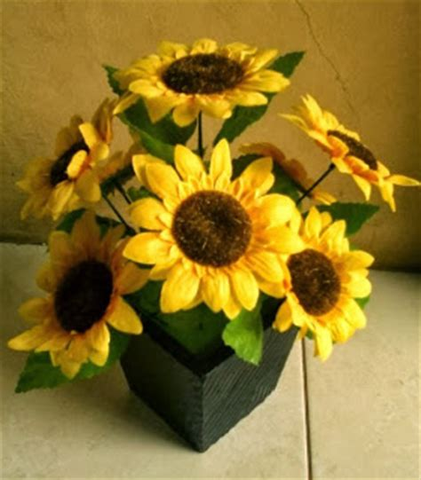 Vas Bunga Tinggi 20cm pondok dahar lauk jogja bunga rangkai kecil tabletop