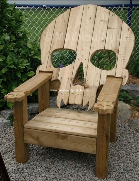 furniture projects reclaimed pallet adirondack chairs pallet wood projects