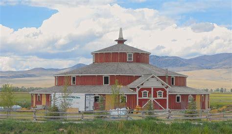 Do Aster Round Barn Wikipedia