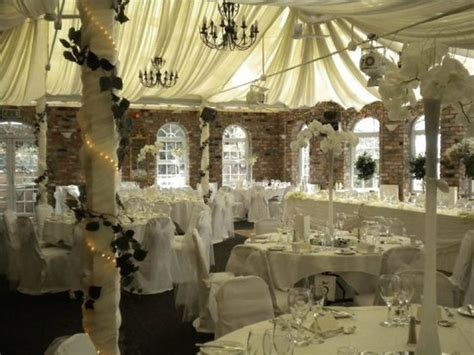 Country House Diner by Meifod Country House Hotel Restaurant Bontnewydd