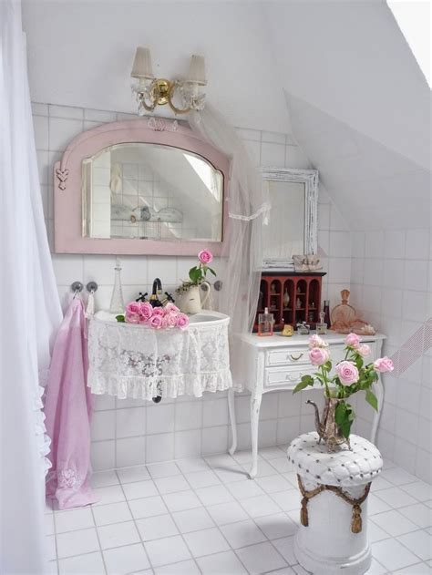 Shabby Chic Bathroom Decorating Ideas | 28 lovely and inspiring shabby chic bathroom d 233 cor ideas