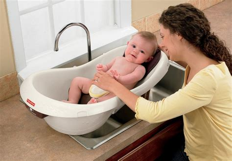 baby spa bathtub top 10 best baby bath tubs of 2017 reviews pei magazine
