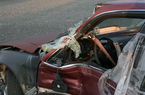 wrecked car file 2008 07 23 wrecked car in durham 2 jpg wikimedia
