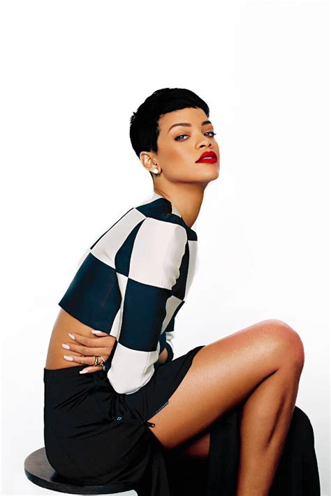Rihanna Is My New Icon by Rihanna Collects Fashion Icon Award At Cfdas