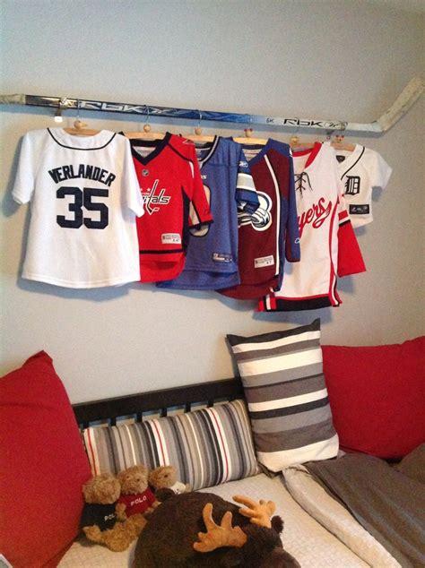 hockey bedroom decor 38 best hockey bedroom images on pinterest