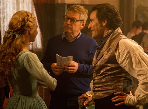 film cinderella kenneth branagh cinderella interview kenneth branagh collider