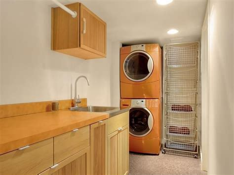 Contemporary Laundry Room With Built In Bookshelf Built In Laundry