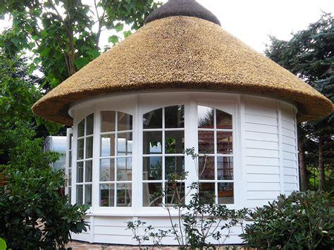 runde pavillons runde pavillons reetdach k 246 tter pavillon die