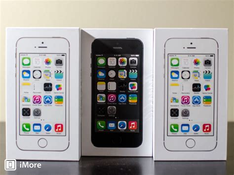 Iphone 5s 64gb Grey By 2empat iphone 5s photo comparison gold silver and space gray