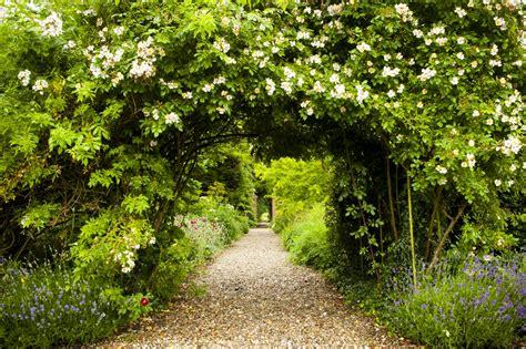 Wasing Secret Walled Garden Marquee Wedding Berkshire Walled Garden Marquee