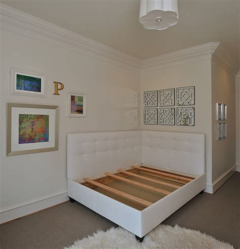 Design Your Own Upholstered Daybed With These Tips ? DESIGNED