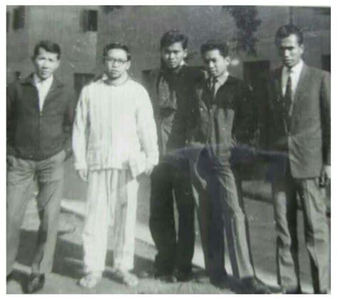 Gus Dur Putih petualangan gus dur muda di kairo alif id