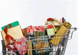 it s better to shop for christmas gifts at the last minute