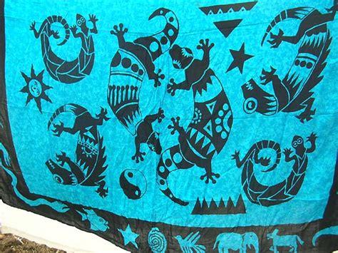 Batik Pasangan Yanti Blue blue fashion batik with black gecko and yin yang pattern design sarong wrap