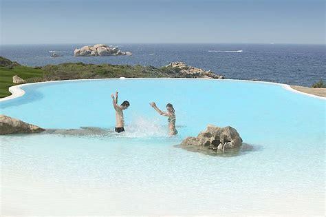 Jaket Azzurra 511 03 hotel valle dell erica near santa teresa di gallura sardinia