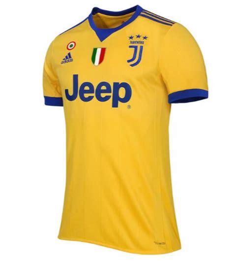 Jersey Juventus Away Patch Serie A 2017 2018 Grade Ori maglia della juventus 2017 2018 away