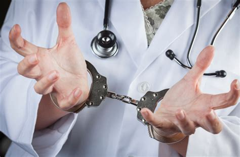 United Doctor Criminal Record 10 Horrifying Things Doctors Don T Tell You Listverse