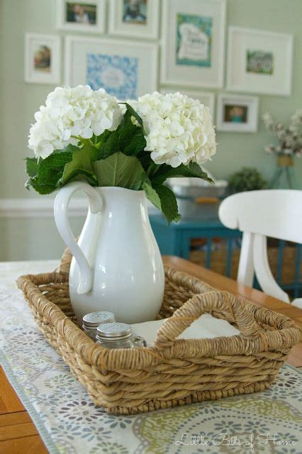 Dining Table Decor For Everyday 25 Best Ideas About Dining Table Centerpieces On