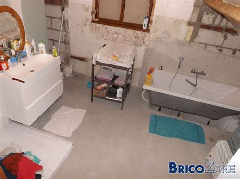prise terre dans salle de bain