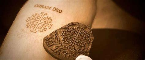 christian tattoo vancouver 100 evolution tattoo tattoo shop in adrenaline