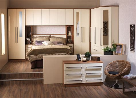 Fitted Bedroom Design Modernist Fitted Wardrobe Design 2015 Ipc393 Fitted And Free Standing Wardrobes Design For