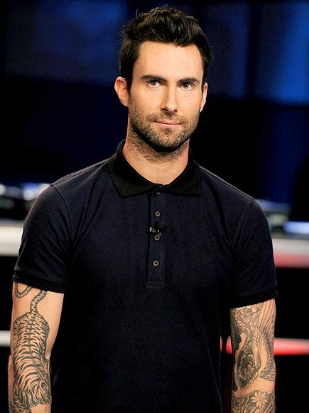 adam levine tiger tattoo adam levine with tiger