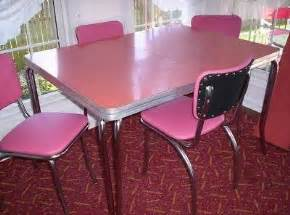 Formica Table And Chairs For Sale by 58 Best Images About Pink Retro Kitchen On