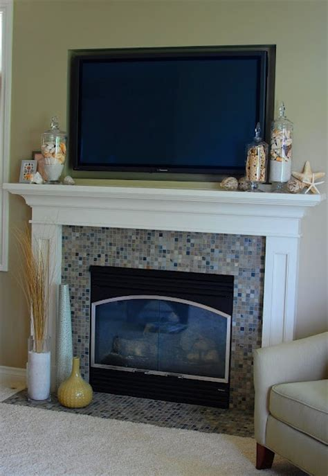 delicate  beautiful beach inspired mantels digsdigs
