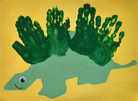 dinosaur craft projects best 25 dinosaur crafts ideas on