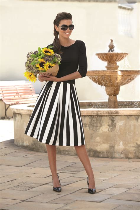 Big Stripe Top Or Dress best 25 striped skirts ideas on black white