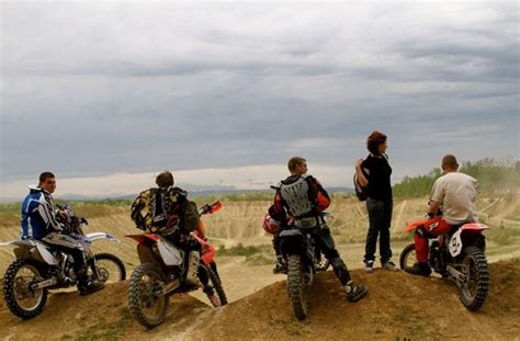 Motorrad Shop Eisenstadt by Motorrad Sport Enduro Rennstrecke Nagycenk 1000ps De