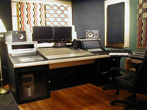 Cheap Studio Desk Mtc Home Design 5 Essential Cheap Studio Desks Workstations