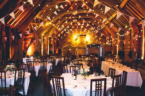 the barn stockbridge stockbridge farm barn wedding photos albert palmer